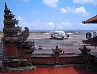 Sân Bay Tại Bali Tạm Đóng Cửa Vì Núi Lửa Hoạt Động
