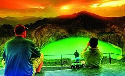 Hồ Ba Màu Tại Indonexia Và Những Điều Kì Bí