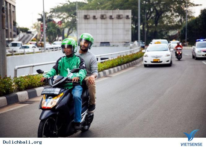 Doanh Nhân Trẻ Indonexia Ra Mắt Dịch Vụ Xe Ôm Uber