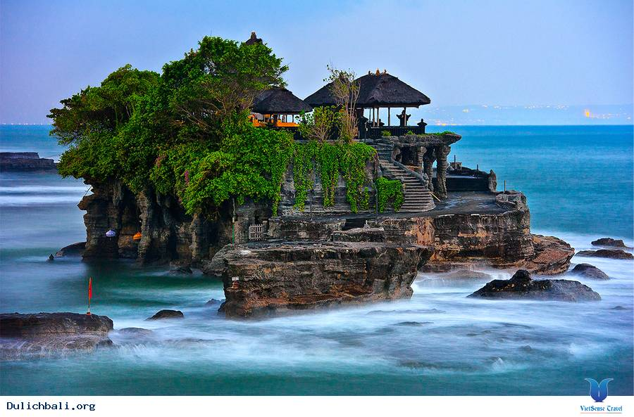 Ghé thăm những ngôi đền linh thiêng nhất Bali